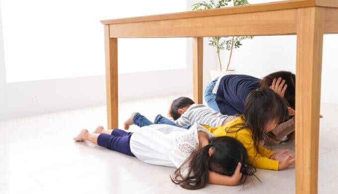 【地震対策】最低限の防災知識と道具リストまとめ【被災者が語る】