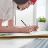 約束のネバーランドの作画担当「出水ぽすか」さんの絵を描くペースと画力が凄い