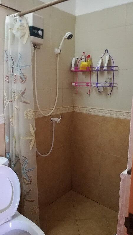 サウスピーク個室のシャワーの様子